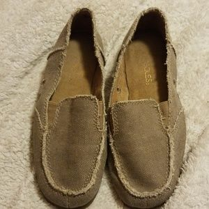 Light brown flats/loafers